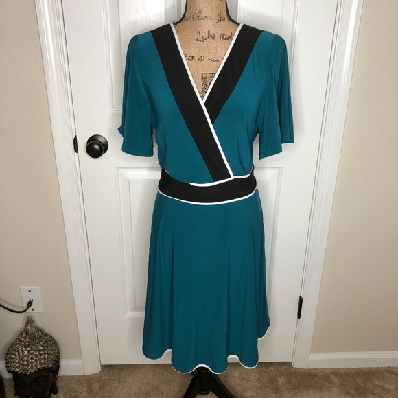 Love Squared Dresses & Skirts - Love Squared Faux Wrap Dress NEW! Size 2X